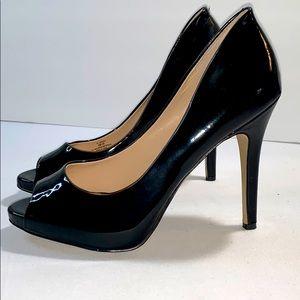 BCBGeneration Womens Heidi Open Toe, Black Patent